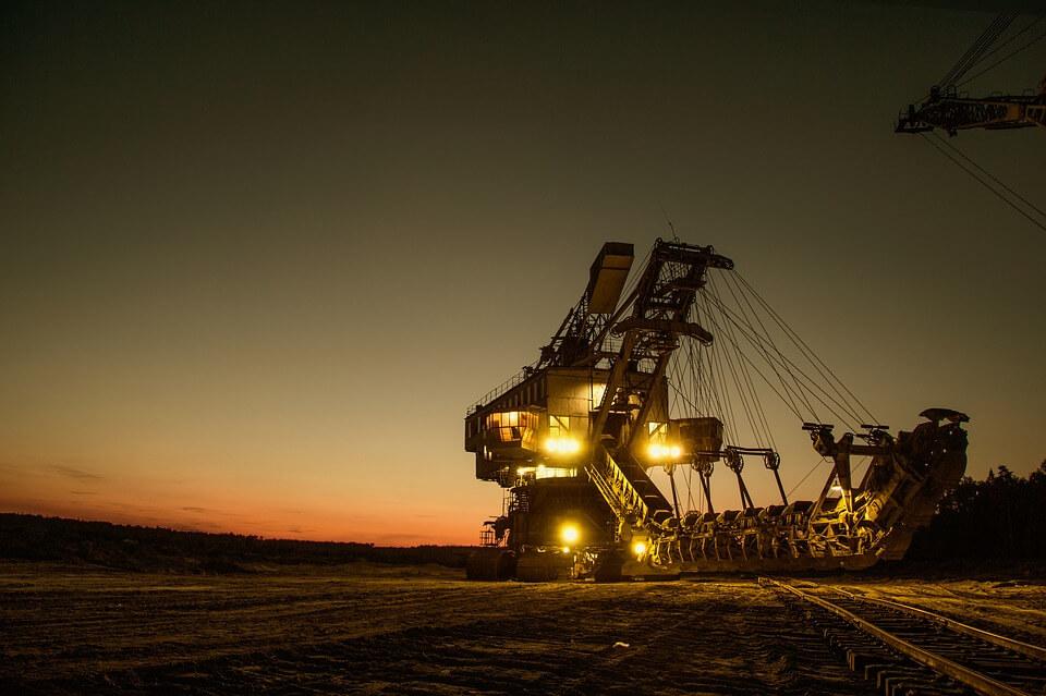 mining excavator 1736293 960 720 - Industries Served